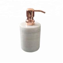Elegante dispensador de jabón líquido de cocina de mármol con bomba.