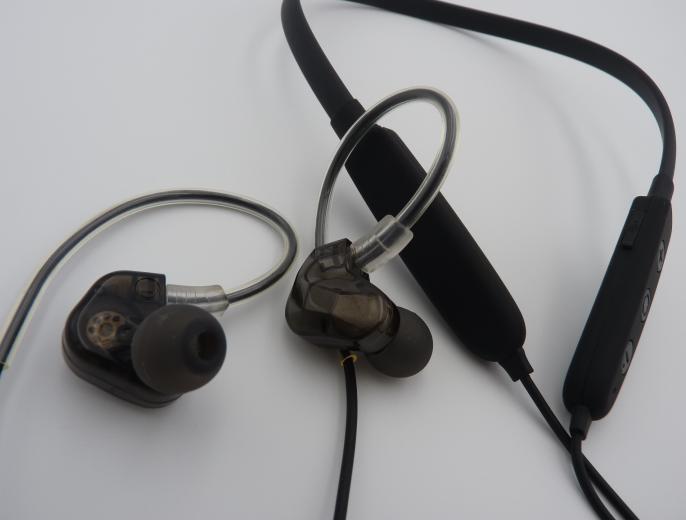 Bluetooth Earphone with Mic