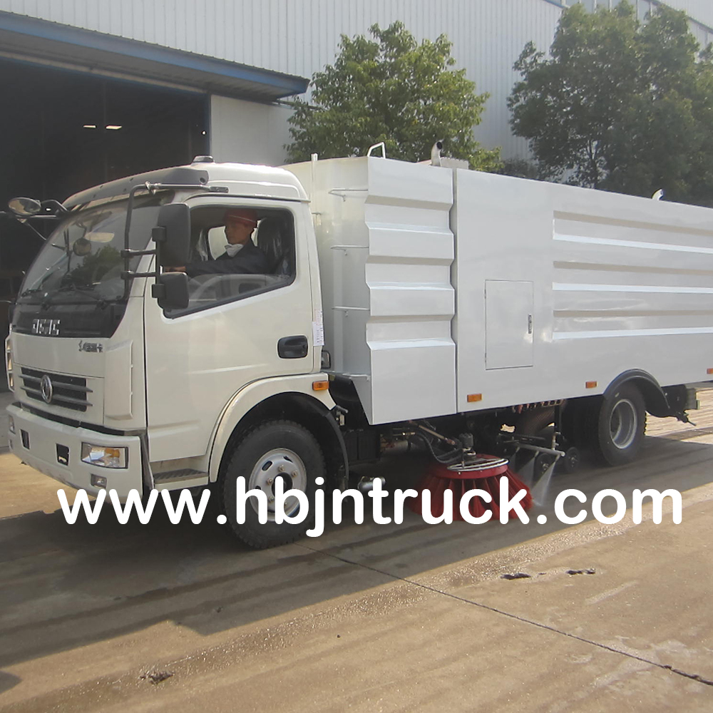 Dongfeng Road Sweeper Truck