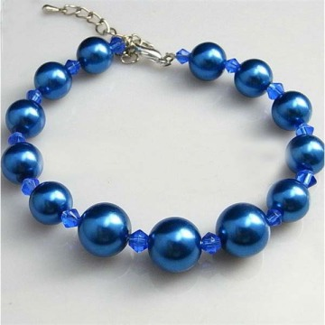 Pulseira de pérolas azul com pergaminho personalizado