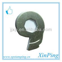 China piezas personalizadas baratas de estampados de hierro