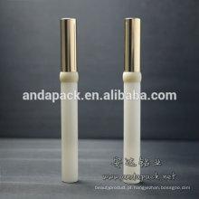 Mascara de recipiente cosméticos leitoso magro