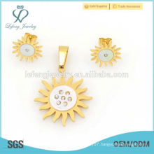 2015 316l stainless steel crystal set yellow gold flower jewelry for engagement wholesale