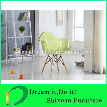 silla transparente al por mayor de madera popular de las piernas