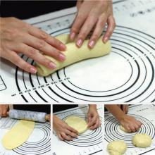 Non-stick and heat resistant silicone baking mat