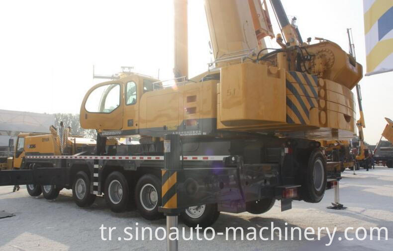 All Wheel Drive Terrain Tractor Crane