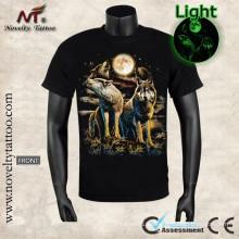 Y-100204 quemando lobo luminoso camiseta resplandor en la oscuridad
