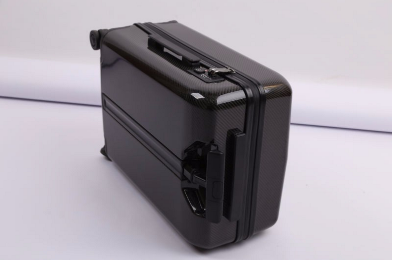 oem carbon fibe r luggage