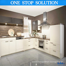 Chick White High Gloss Kitchen