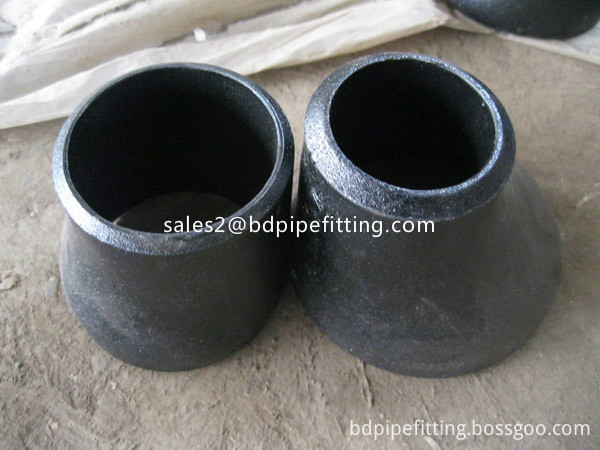 Alloy pipe fitting (343)