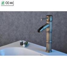 Torneira de cobre antigo do misturador da bacia do banheiro da cachoeira de bambu (Q3050A)