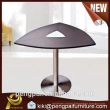 Triangel small melamine MDF meeting desk