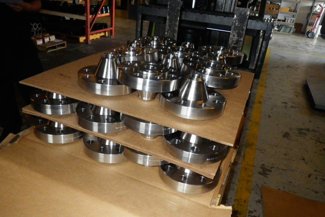 Slip On, Blind, Weldneck, Socketweld, Threaded, Lap Joint, Orifice, Spectacle Blinds and Long Welded Neck Flanges-weldneck-socketweld-flanges-manufacturers-supplier