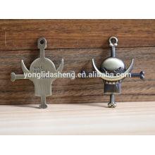 2016 China bolso de venta caliente accesorio personalizado color metal bolsa etiqueta accesorio