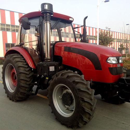 Wheeled tractor 120HP