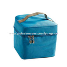 Cooler bag, made of oxford cloth, sized 15*15*12.5cm