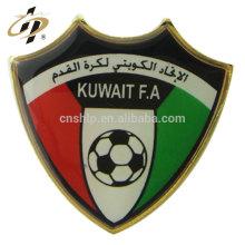 Crachá macio feito sob encomenda do botão do metal do pino do esmalte de Kuwait FA para o presente da lembrança
