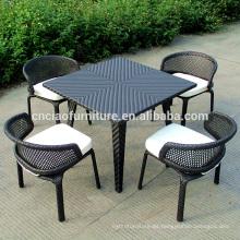 Muebles de comedor de mimbre jardín de diseño único