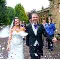 Tirador de confeti con mariposa blanca / mariposa de papel para favores de la boda / popper fiesta