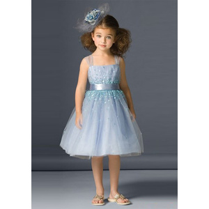 Robe de bal bretelles larges au genou Tulle paillettes Flower Girl Dress1