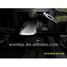 PU-Fensterladen-Tür-Rolle, die Maschine bildet
