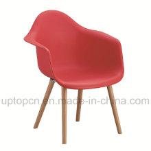 Silla plástica del color opcional al por mayor del color con la base de madera de la silla (SP-UC409)
