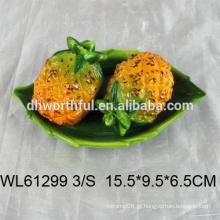 Garrafa de pimenta cerâmica artística em forma de abacaxi para venda por atacado