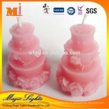 Bolo elegante em forma de vela de decoração para casamento