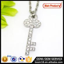Atacado Alloy Chain Crystal Key Pendant Necklace