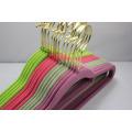 Popular colorido Velvet Flocked Hanger
