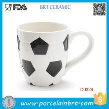Gros Football forme en céramique tasse à café