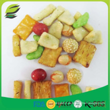 Reis-Cracker und Erdnuss-Mix