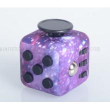 Jouet magique de cube en Fidget de main en plastique promotionnel d'OEM