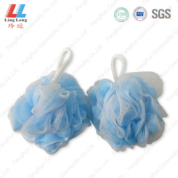 Absorbent bubble mesh bath sponge