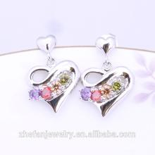 2018 tendances produits Haute qualité mode accessoires étiquettes en forme de coeur boucles d'oreilles en pierre