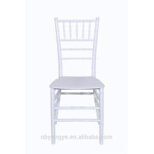 Cadeiras branco tiffany monobloco cor