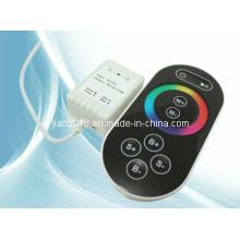 Hit & Nouveau prix bas RF RGB Color Focus LED Touch RGB Controller
