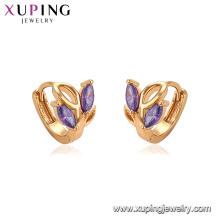 95102 Meilleure vente bijoux à la mode noble conception graine forme coloré glace pierre huggies boucle d'oreille pour les femmes