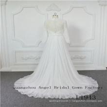 Manches longues en mousseline de soie avec robe de mariée perlée