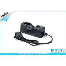 Mini Electronic Cigarettes Accessories , Lithium Battery Charger For 18350 / 18650 / 18500 Batteries