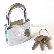 Cromo coberto cruz chave padlock