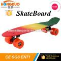 Fabricant de Skateboard électrique avec PU 4 Wheels