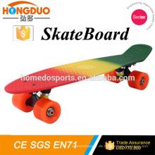 Hersteller von Electric Skateboard mit PU 4 Wheels