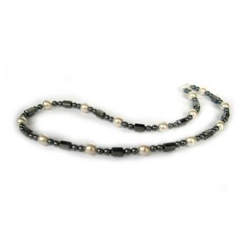 Collier de perles en verre hématite