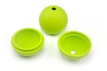 Lfgb đá bóng trong màu xanh lá cây