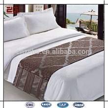 Deluxe New Arrival 5 Star Hotel Decorated Bed Scarf