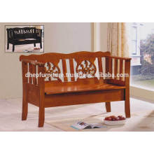 Cadeira de banco de madeira interior clássica com descanso e assento de armazenamento
