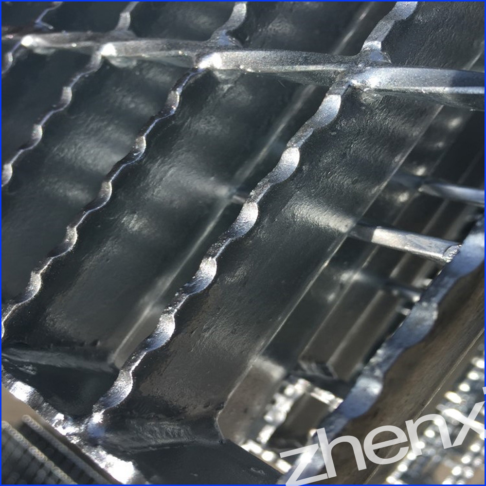 Serrated Surface Bar Grating