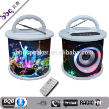 2017 Hot Selling Round handle led light free call waterproof wireless bluetooth speaker