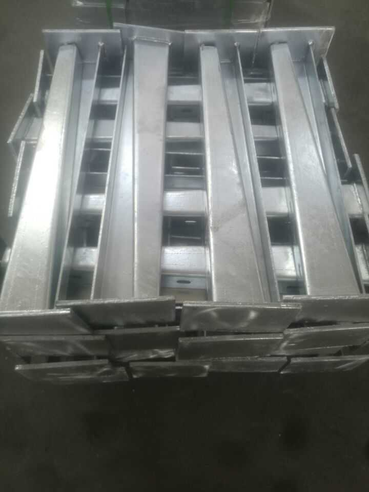 pipe supports fninish with galvanized coating